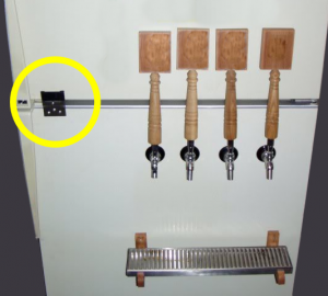 Fridge door link for long tap handles.